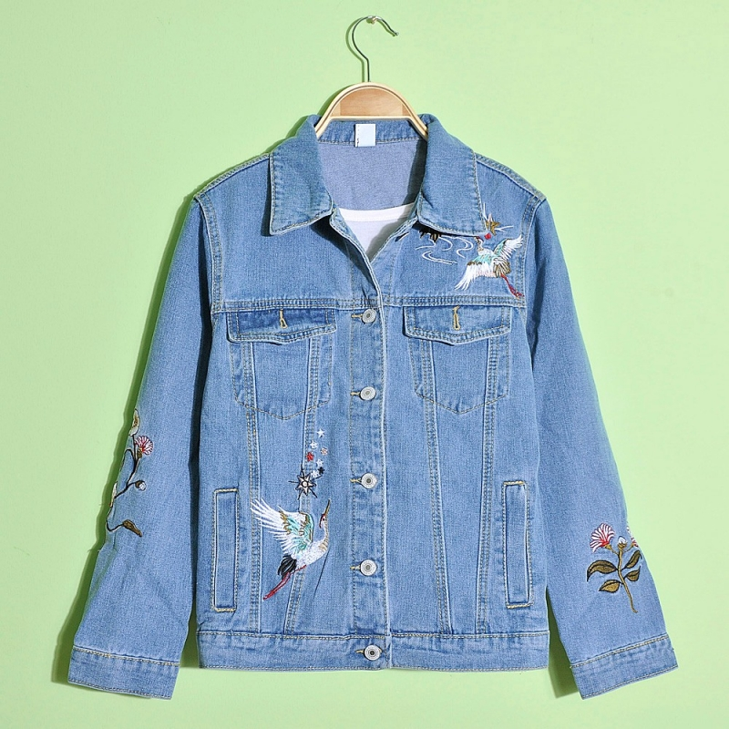 Lady's fashionable embroidery jeans jacket